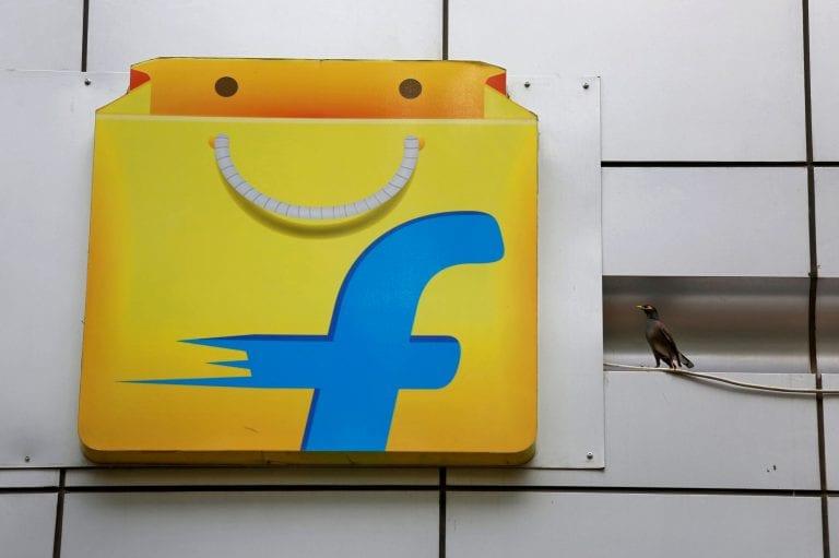 政府调查零售商投诉后亚马逊节日折扣的Flipkart