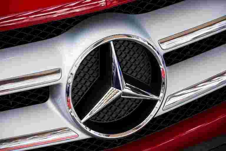梅赛德斯 - 奔驰推出BS-VI兼容的电子类;价格从57.5卢比开始