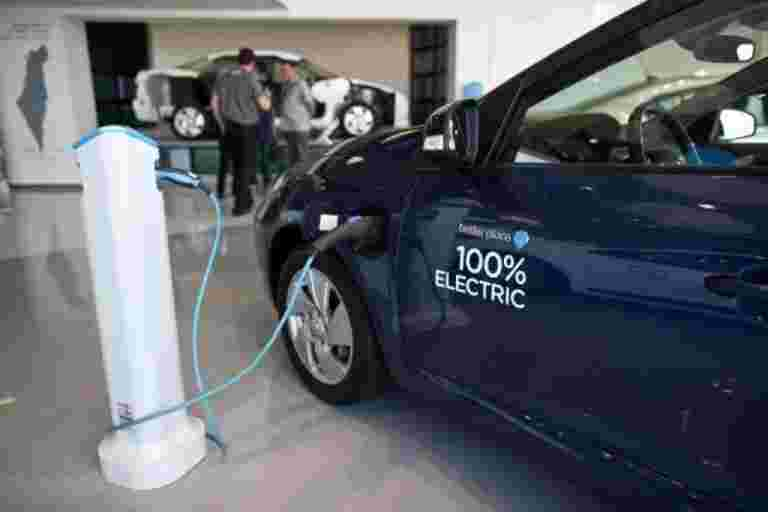 Amara Raja在Tirupati设置了EV电池充电站