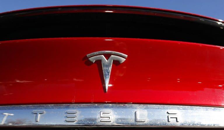 Maharashtra邀请Tesla在麝香暗示进入印度之后
