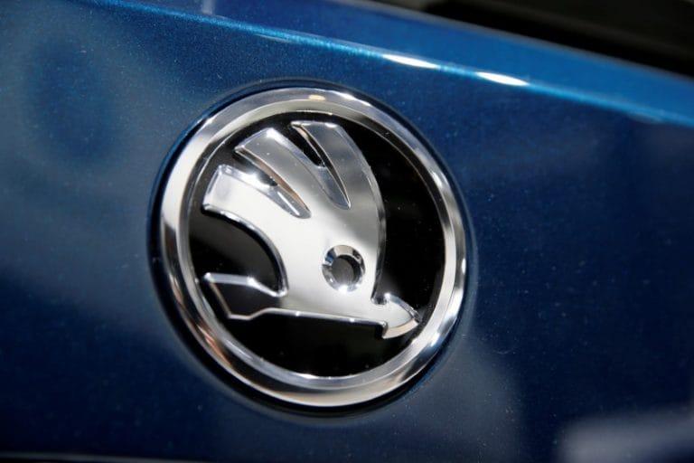 汽车专业,经销商要求在汽车故障上支付6万卢比