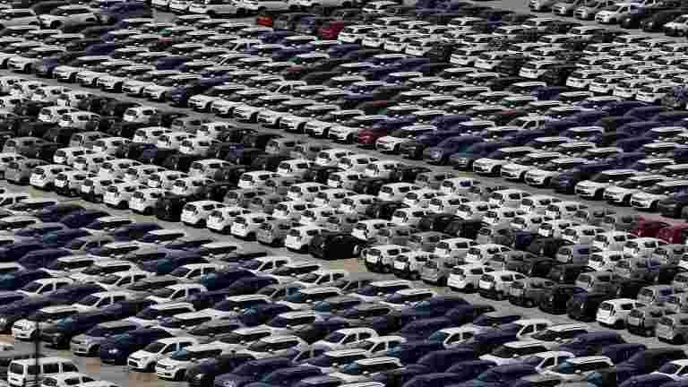 节日需求升降机11月国内乘用车销量近5%:暹