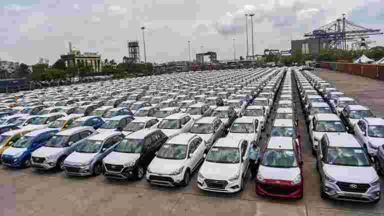 买新车,两轮车,从今天获得更便宜的。这就是为什么