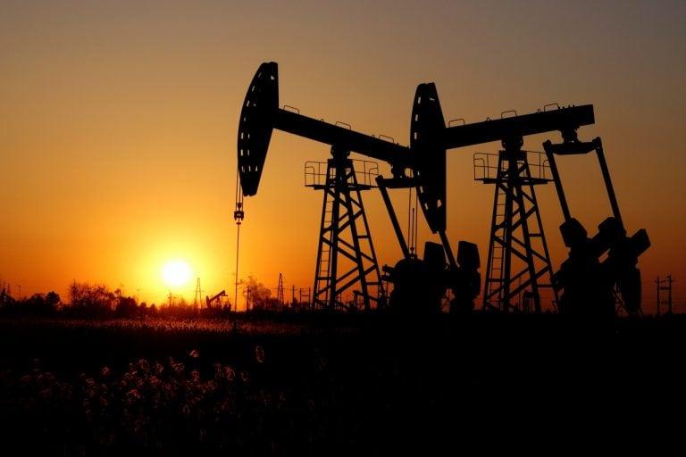 印度的原油产量下降4%在FY19