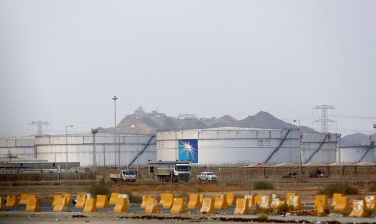 沙特阿拉伯加入了美国领导的巡逻;伊朗说攻击警告