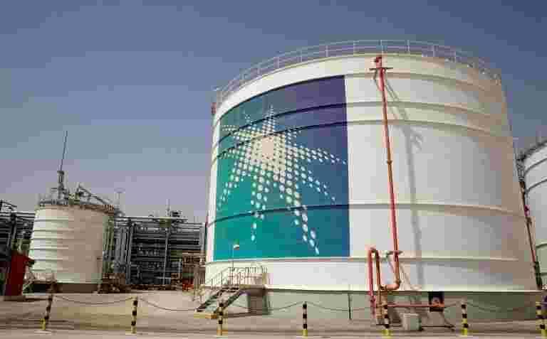 沙特阿美公司据报道,恢复了比预期更早的石油产量