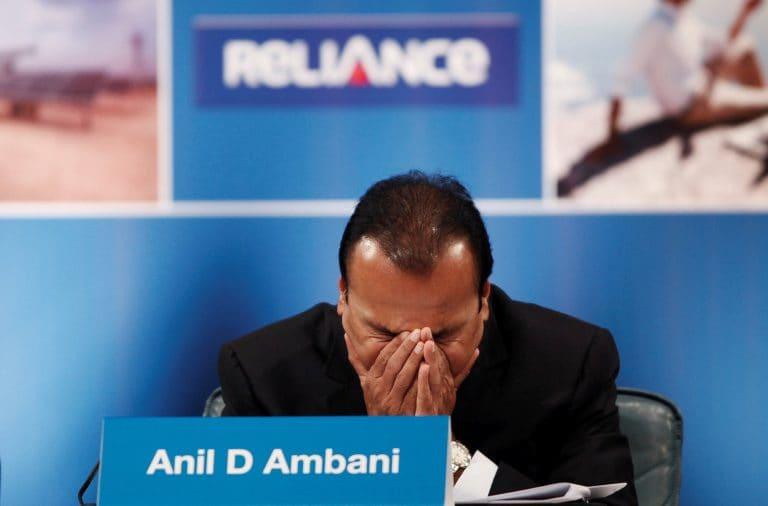 在第一个,Anil Ambani威胁到Reliance Power AGM的课程诉讼
