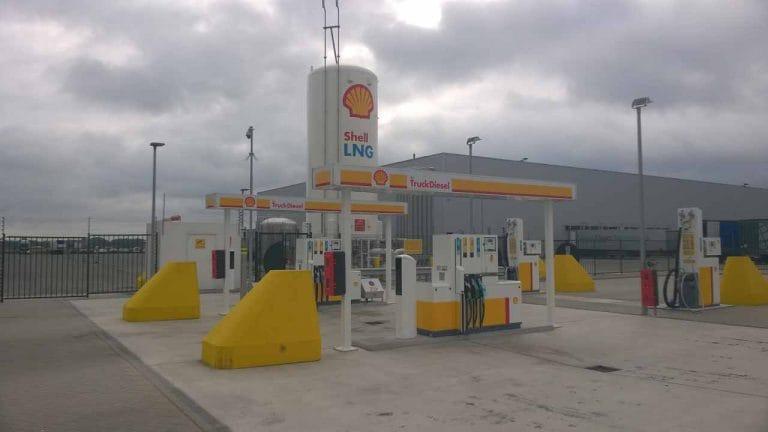 现在,任何人都可以设置LNG站:这是如何帮助推动清洁剂,国内燃料
