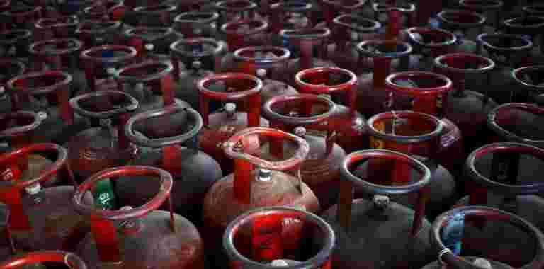 LPG价格升高15.5卢比,喷气燃料减少1%