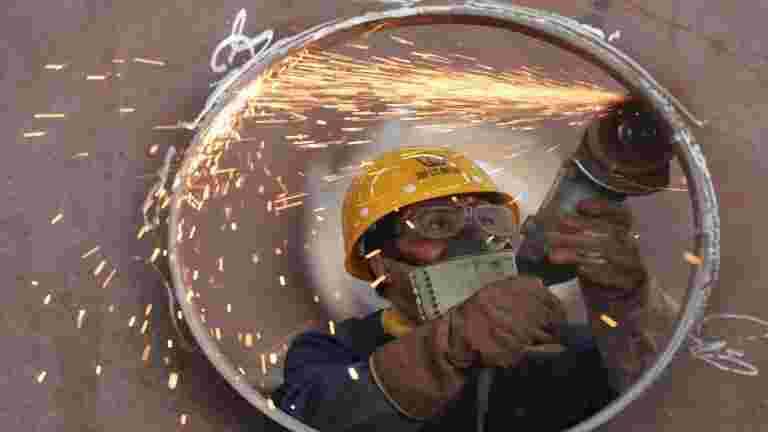 矿井头部未售出的铁矿石正在增加:fimi.