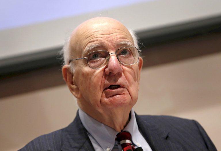 """前美联储首席保罗沃尔克表示,美国经济处于""""乱七八糟的地狱"""":报告"""