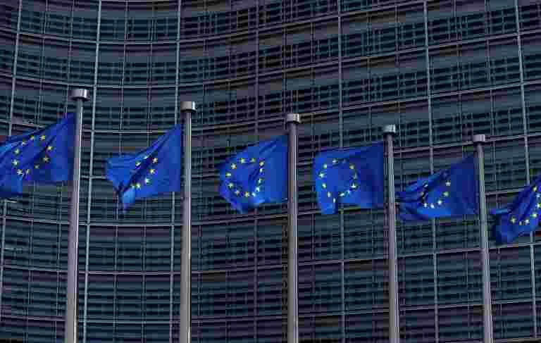 法国部长说,欧元区没有足够准备面对新危机