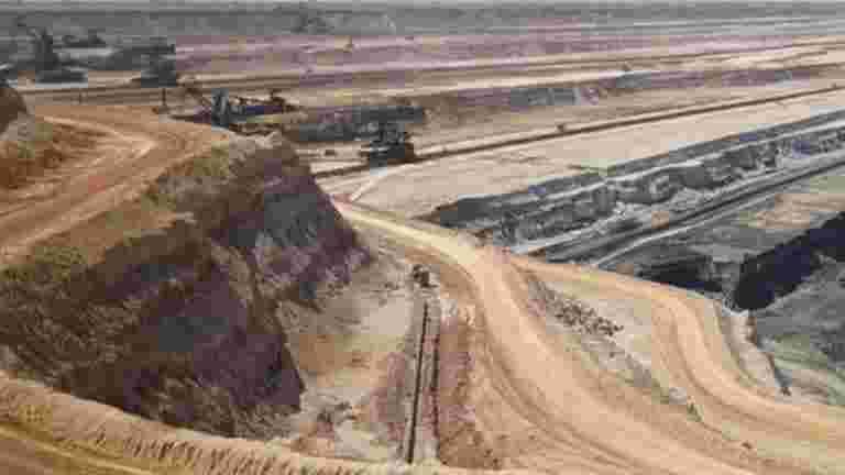 为什么采矿租赁转移被困在深处的不确定性