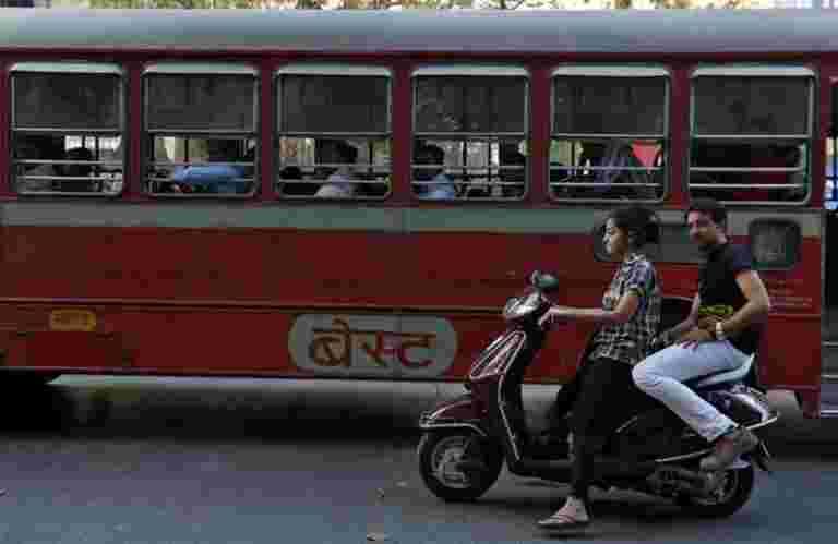 随着孟买的最佳巴士罢工,难以结束通勤困境
