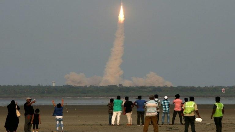 伊罗斯说,Chandrayaan-2计划计划于4月中旬